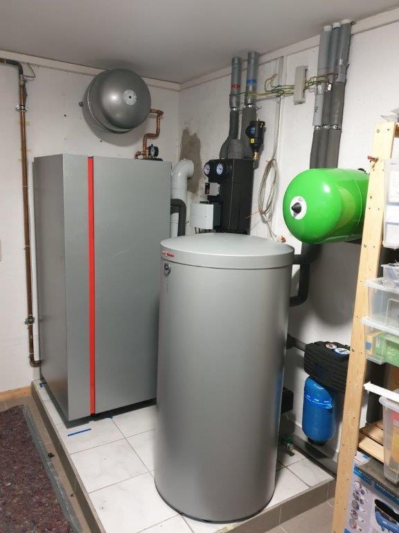 VITOCROSSAL 300  19 KW Leistungsabgabe und einem bodenstehenden Kessel mit  großen Kessinhalt für eine optimale Wärmeübertragung.